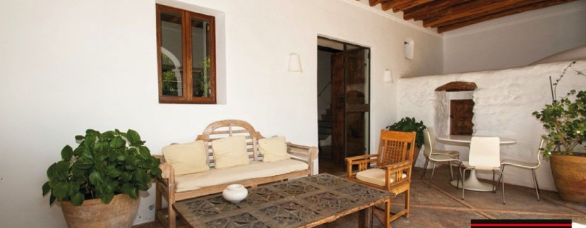 Villas-for-sale-Ibiza-Finca-Argentina-12