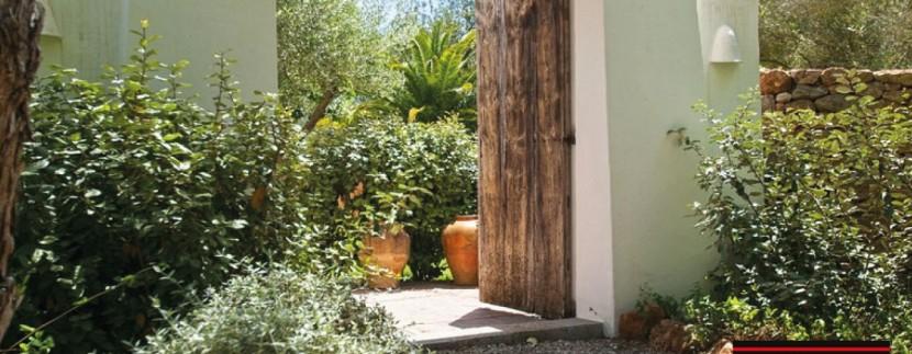 Villas-for-sale-Ibiza-Finca-Argentina-18
