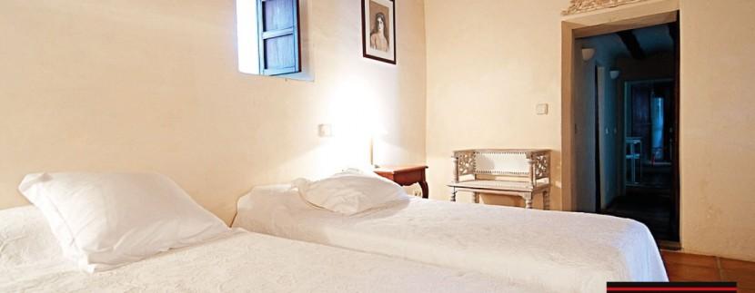 Villas-for-sale-Ibiza-Finca-Argentina-33