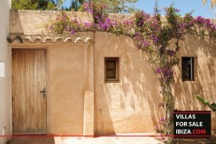 Villas-for-sale-Ibiza-Finca-Argentina-9