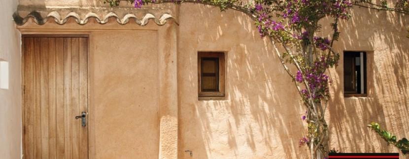 Villas-for-sale-Ibiza-Finca-Argentina-9