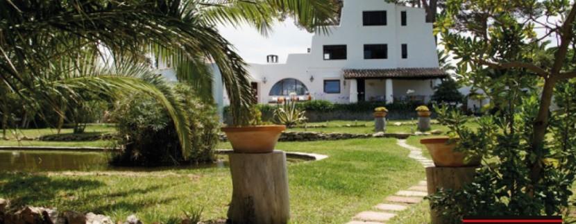 Villas-for-sale-Ibiza-Mansion-San-Ann--1