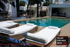 Villas-for-sale-Ibiza-Mansion-San-Ann--14
