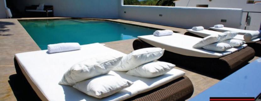 Villas-for-sale-Ibiza-Mansion-San-Ann--16