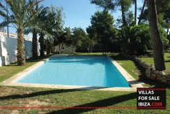 Villas-for-sale-Ibiza-Mansion-San-Ann--18