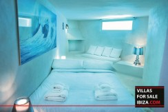 Villas-for-sale-Ibiza-Mansion-San-Ann--25