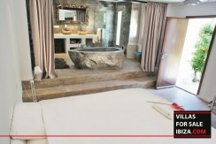 Villas-for-sale-Ibiza-Mansion-San-Ann--29