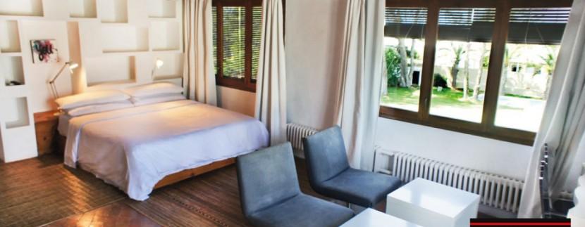 Villas-for-sale-Ibiza-Mansion-San-Ann--34