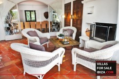 Villas-for-sale-Ibiza-Mansion-San-Ann--9