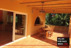 Villas-for-sale-Ibiza-Villa-Amarillo--10