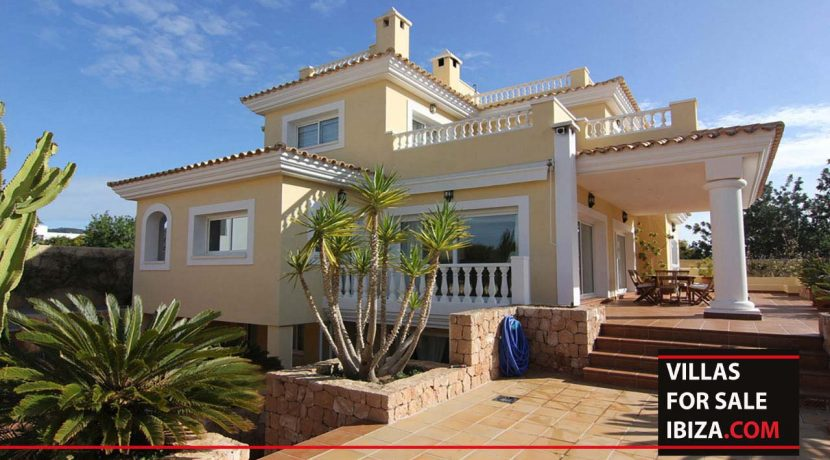 villas-for-sale-ibiza-villa-evisu-3