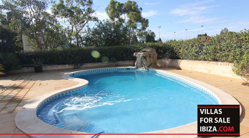 villas-for-sale-ibiza-villa-evisu-9