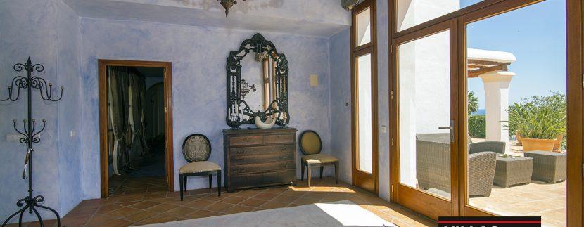 villas-for-sale-ibiza-mansion-carlos-029