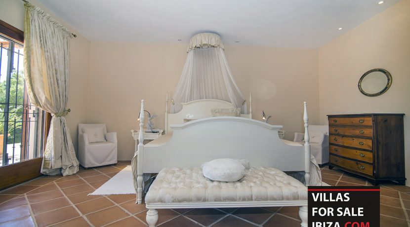 villas-for-sale-ibiza-mansion-carlos-030
