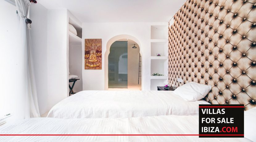 villas-for-sale-ibiza-mansion-retreat-011