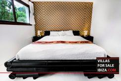 villas-for-sale-ibiza-mansion-retreat-012