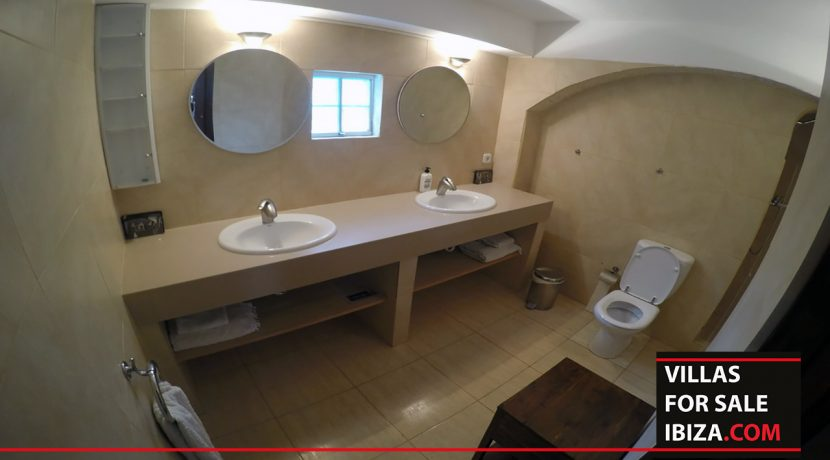 villas-for-sale-ibiza-mansion-retreat-020