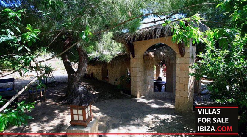 villas-for-sale-ibiza-mansion-retreat-023