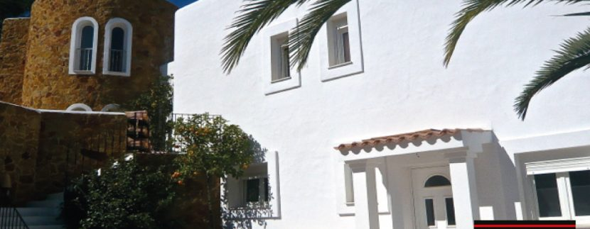 Villas-for-Sale-Villa-Cala-Bassa-10