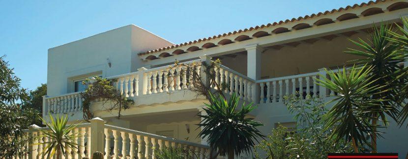 Villas-for-Sale-Villa-Cala-Bassa-2