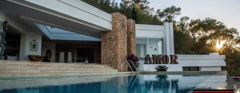 Villas-for-sale-Villa-Amor-1