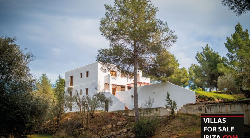 Villa-for-sale-Ibiza-Villa-Campo-1