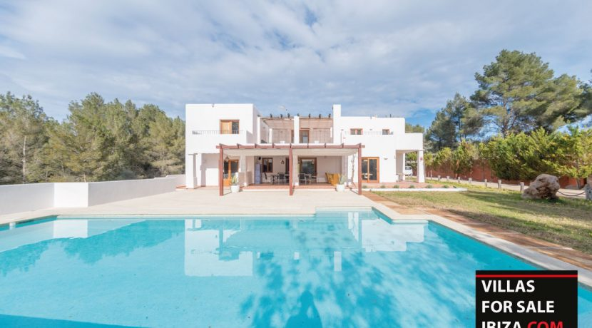Villa-for-sale-Ibiza-Villa-Campo-2