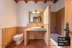 Villa-for-sale-Ibiza-Villa-Campo-24