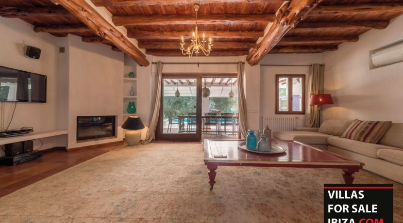 Villa-for-sale-Ibiza-Villa-Campo-8