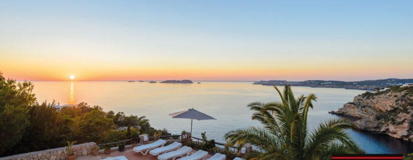 Villa-for-sale-Ibiza-Villa-Sunset-Vadella-33