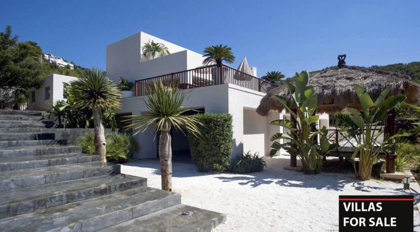 Villas for sale Ibiza - Villa Moonrocket - Salinas