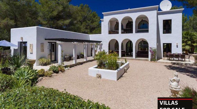 Villas for sale Ibiza Finca Blackstad with license
