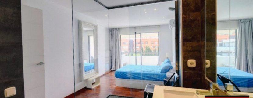 App 3 bedrooms Roca llisa 12