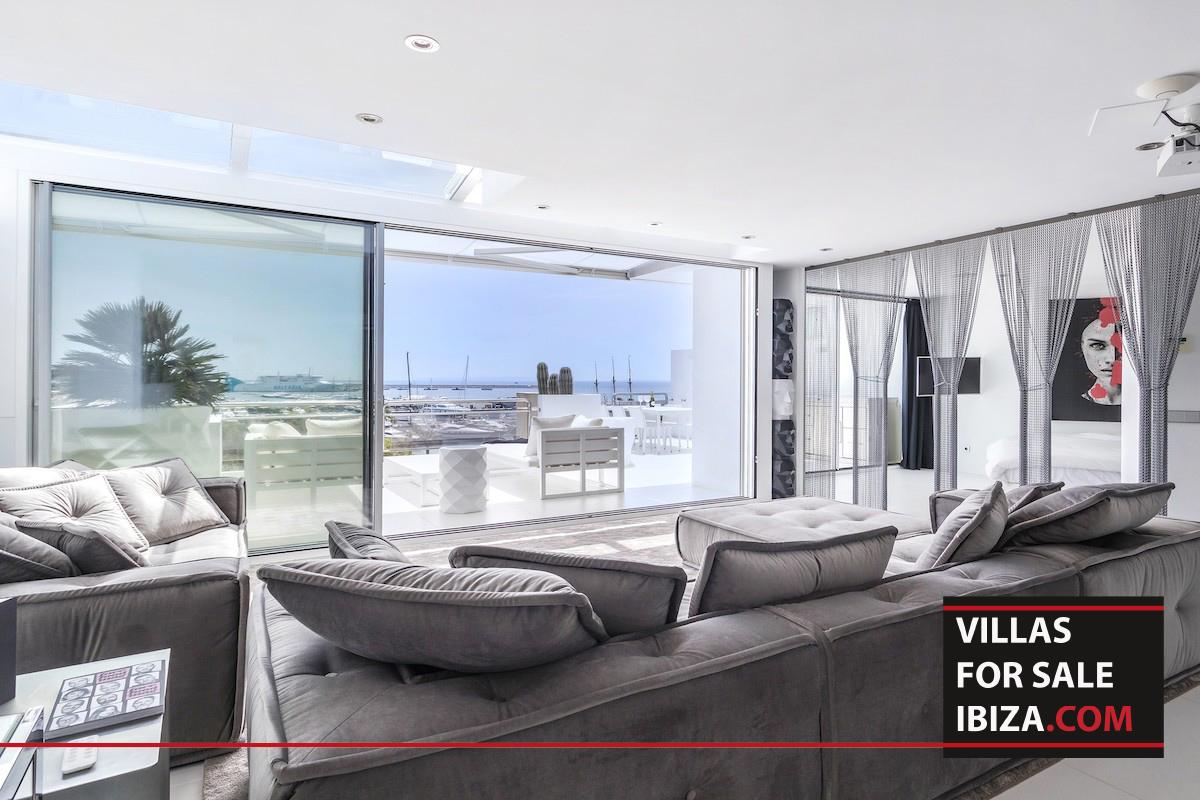 Penthouse White Dream
