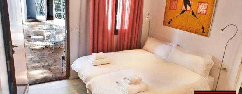 Villas-for-sale-Ibiza-Mansion-San-Ann--26