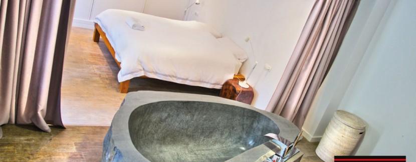 Villas-for-sale-Ibiza-Mansion-San-Ann--28