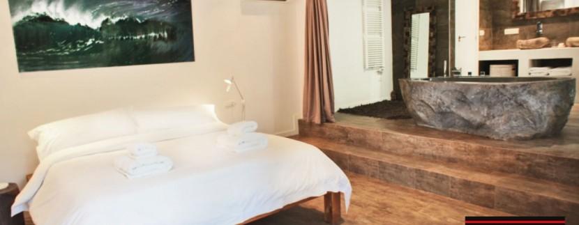 Villas-for-sale-Ibiza-Mansion-San-Ann--30