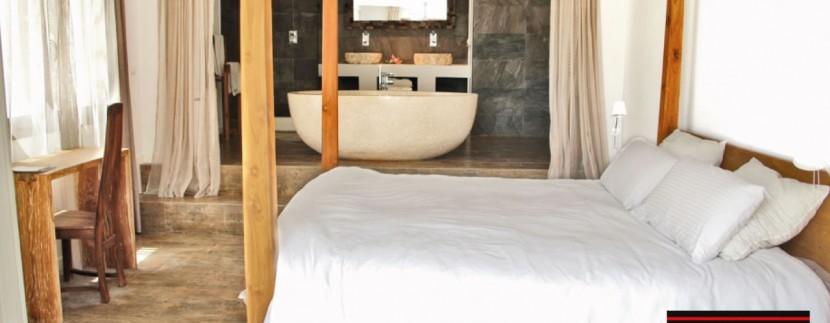 Villas-for-sale-Ibiza-Mansion-San-Ann--31