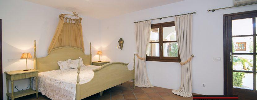 villas-for-sale-ibiza-mansion-carlos-037