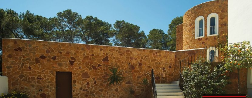 Villas-for-Sale-Villa-Cala-Bassa-4