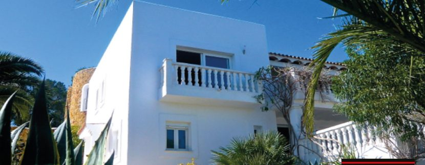 Villas-for-Sale-Villa-Cala-Bassa-9