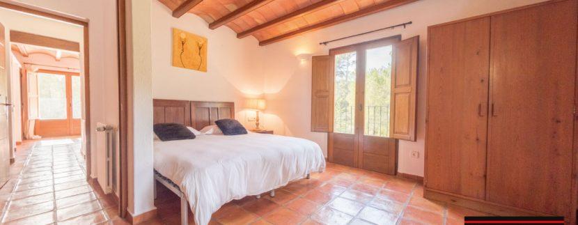 Villa-for-sale-Ibiza-Villa-Campo-19