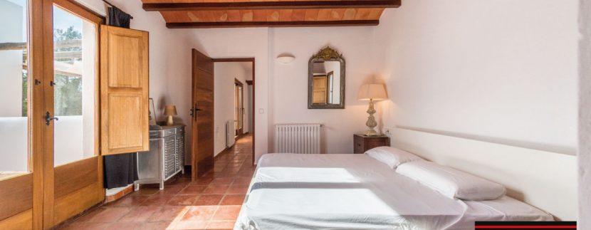 Villa-for-sale-Ibiza-Villa-Campo-23