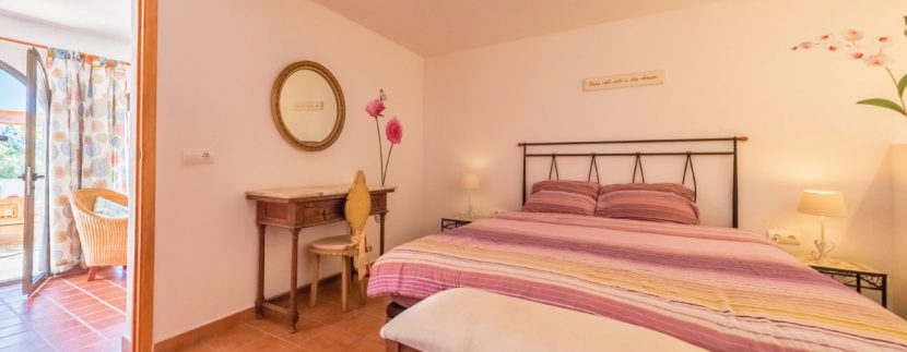 Villas-for-Sale-Ibiza-Can-Salada-21