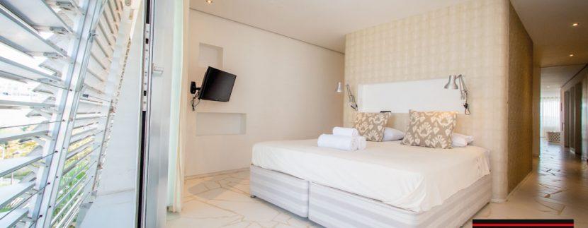 villas-for-sale-Ibiza-Las-Boas-2--12