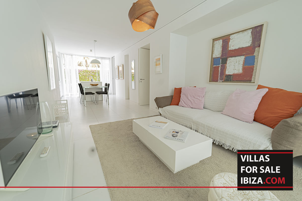 Patio Blanco Apartment Roto