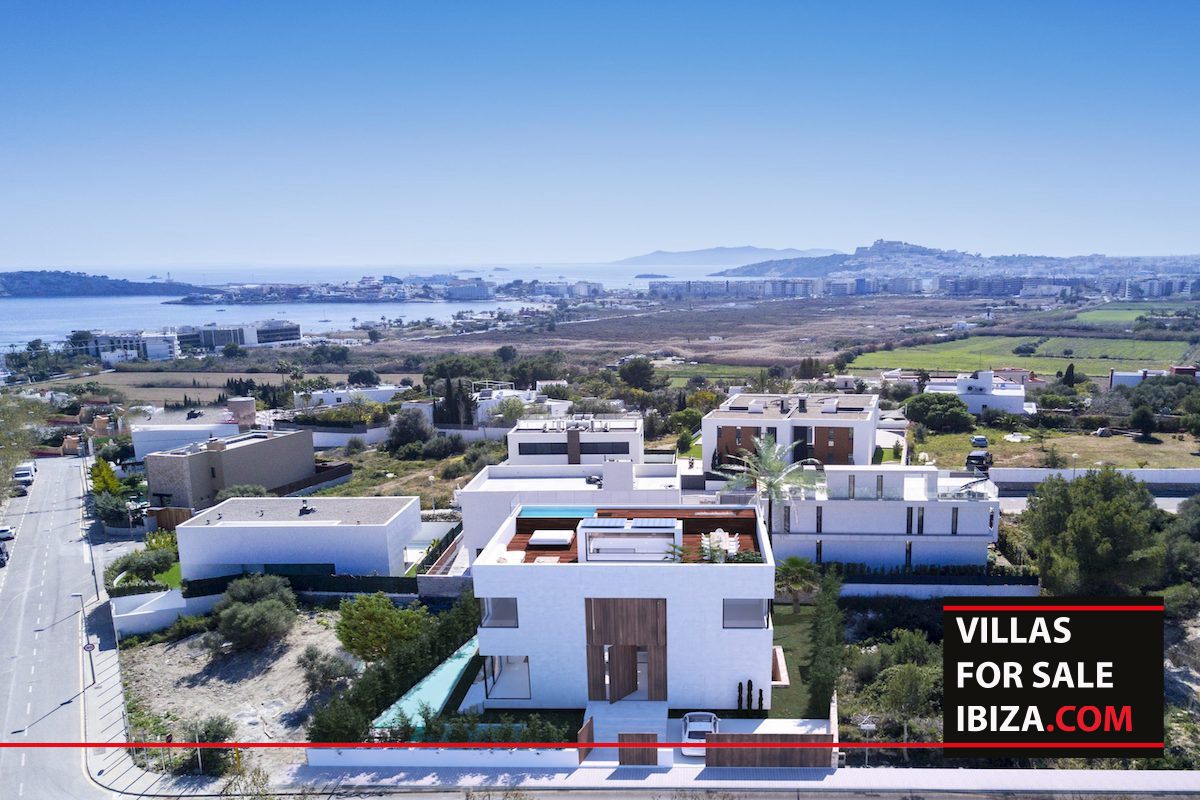 Villa W